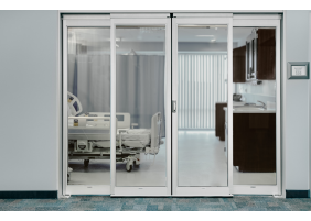 Auto breakout sliding door for ICU CCU room