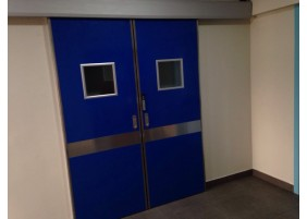 Heathcare doors for operating theatres